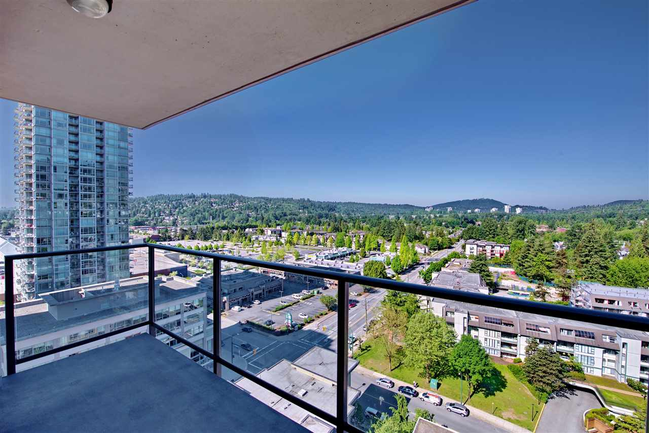 "Photo 6: 1806 2959 GLEN Drive in Coquitlam: North Coquitlam Condo for sale in ""THE PARK"" : MLS(r) # R2170995"