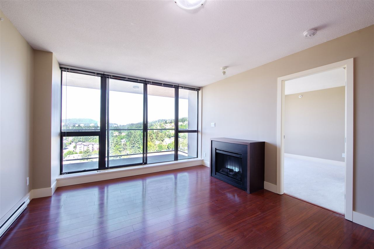 "Photo 3: 1806 2959 GLEN Drive in Coquitlam: North Coquitlam Condo for sale in ""THE PARK"" : MLS(r) # R2170995"