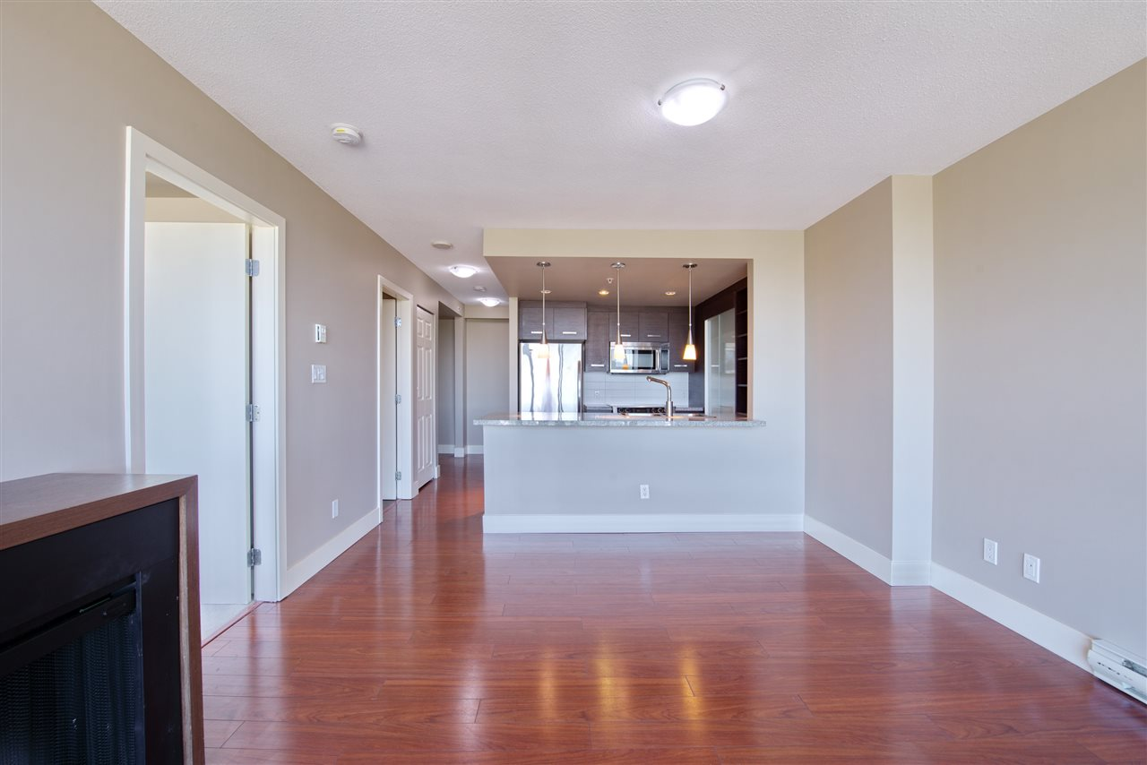 "Photo 7: 1806 2959 GLEN Drive in Coquitlam: North Coquitlam Condo for sale in ""THE PARK"" : MLS(r) # R2170995"