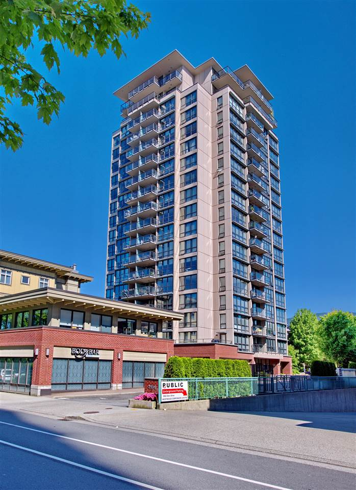 "Main Photo: 1806 2959 GLEN Drive in Coquitlam: North Coquitlam Condo for sale in ""THE PARK"" : MLS(r) # R2170995"