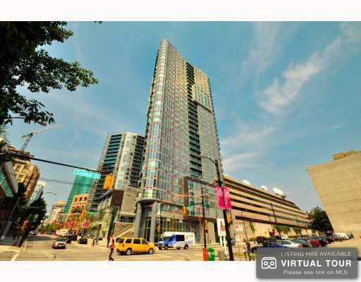 "Main Photo: 2501 233 ROBSON Street in Vancouver: Downtown VW Condo for sale in ""TV TOWER 2"" (Vancouver West)  : MLS®# R2172928"