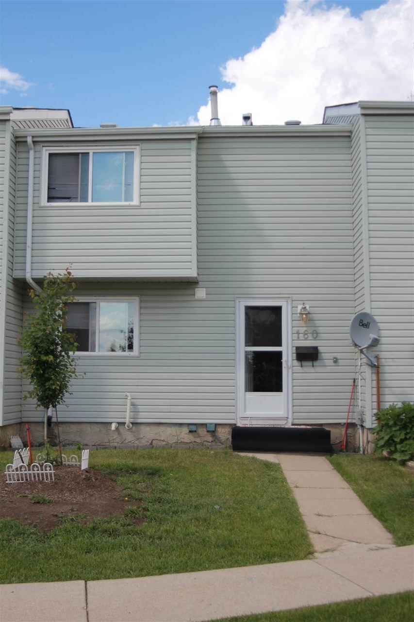 Main Photo: 160 DICKINSFIELD Court in Edmonton: Zone 02 Townhouse for sale : MLS(r) # E4067673