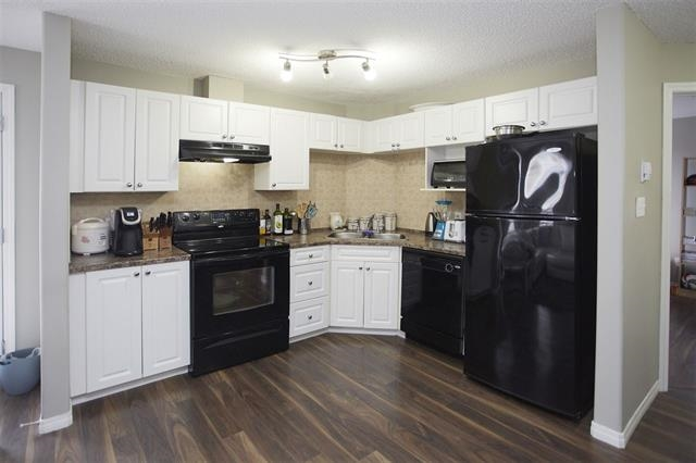 Photo 3: 1226 330 CLAREVIEW STATION Drive in Edmonton: Zone 35 Condo for sale : MLS® # E4077452