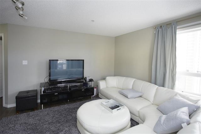 Photo 6: 1226 330 CLAREVIEW STATION Drive in Edmonton: Zone 35 Condo for sale : MLS® # E4077452