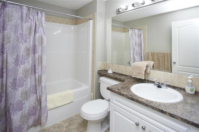 Photo 7: 1226 330 CLAREVIEW STATION Drive in Edmonton: Zone 35 Condo for sale : MLS® # E4077452