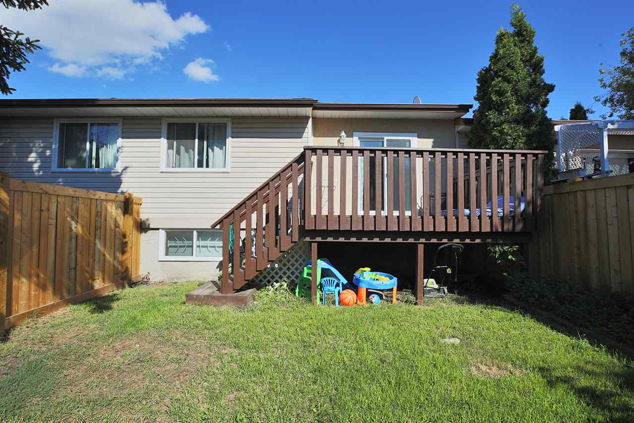 Photo 25: 1751 LAKEWOOD Road S in Edmonton: Zone 29 Townhouse for sale : MLS® # E4077656