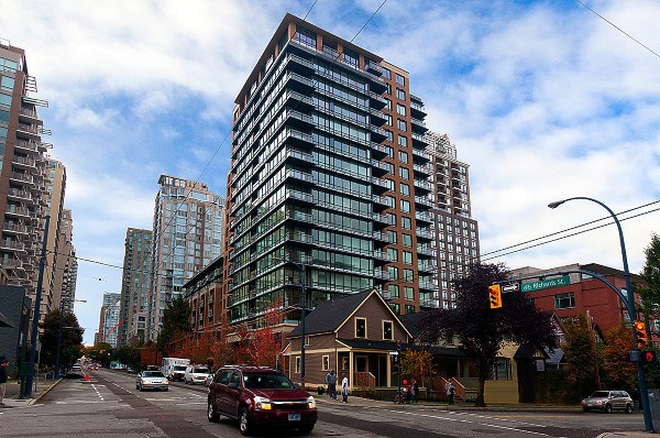 Main Photo: 1008 1088 RICHARDS Street in Vancouver: Yaletown Condo for sale (Vancouver West)  : MLS® # R2205112