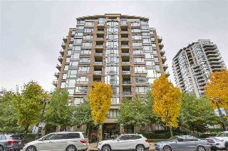 "Main Photo: 505 170 W 1ST Street in North Vancouver: Lower Lonsdale Condo for sale in ""ONE PARK LANE"" : MLS® # R2216025"