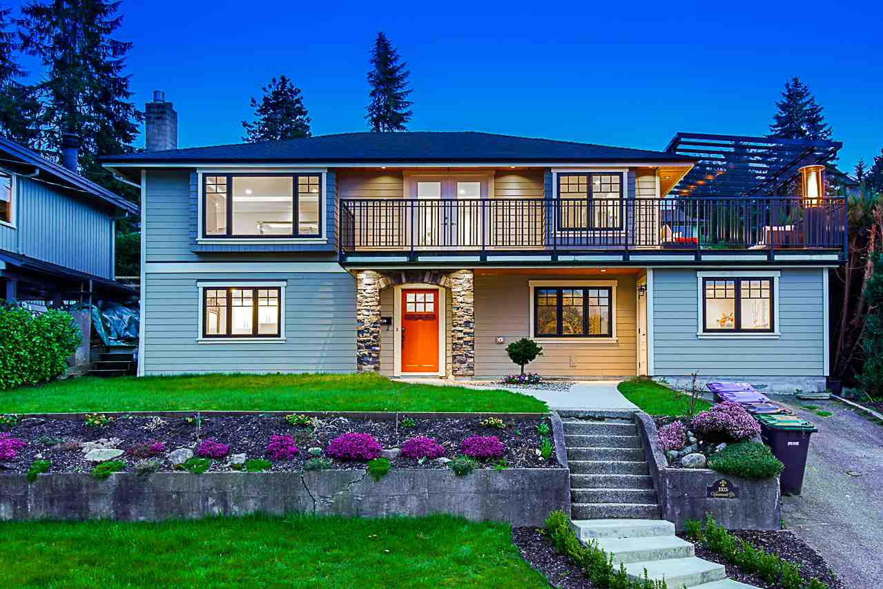 FEATURED LISTING: 3325 VIEWMOUNT Drive Port Moody