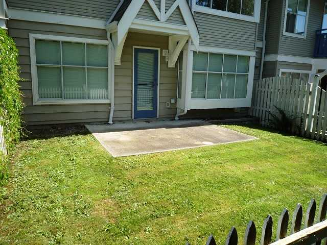 "Main Photo: 30 12099 237TH Street in Maple Ridge: East Central Townhouse for sale in ""GABRIOLA"" : MLS®# V906934"
