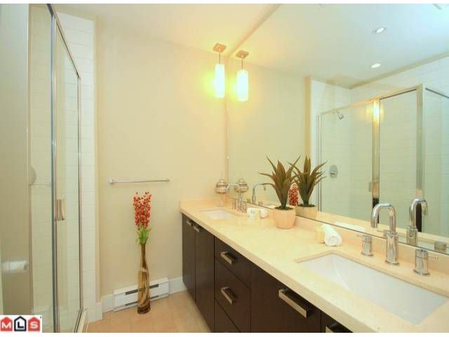 Photo 7: 118 2501 161A Street in Surrey: Grandview Surrey Townhouse for sale (South Surrey White Rock)  : MLS(r) # F1221544