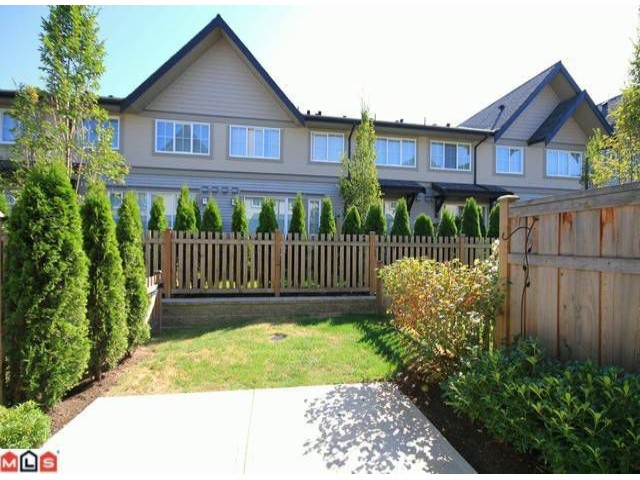 Photo 9: 118 2501 161A Street in Surrey: Grandview Surrey Townhouse for sale (South Surrey White Rock)  : MLS(r) # F1221544