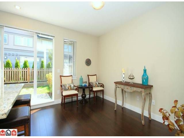 Photo 5: 118 2501 161A Street in Surrey: Grandview Surrey Townhouse for sale (South Surrey White Rock)  : MLS(r) # F1221544