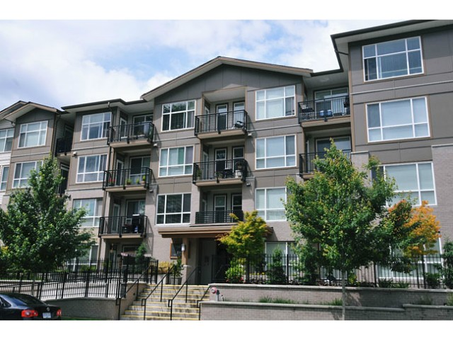 "Main Photo: 201 2343 ATKINS Avenue in Port Coquitlam: Central Pt Coquitlam Condo for sale in ""PEARL"" : MLS(r) # V1070597"