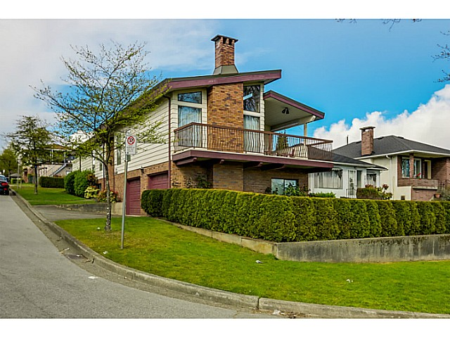 Main Photo: 2580 KASLO Street in Vancouver: Renfrew VE House for sale (Vancouver East)  : MLS® # V1114634