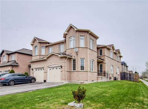 Main Photo: 5929 Ridgecrest Trail in Mississauga: East Credit House (2-Storey) for sale : MLS(r) # W3192586