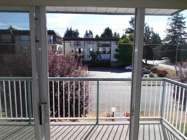 "Photo 6: 203 2425 CHURCH Street in Abbotsford: Abbotsford West Condo for sale in ""PARKVIEW PLACE"" : MLS® # F1448590"