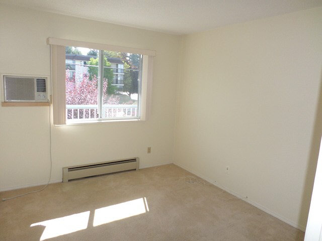 "Photo 13: 203 2425 CHURCH Street in Abbotsford: Abbotsford West Condo for sale in ""PARKVIEW PLACE"" : MLS® # F1448590"