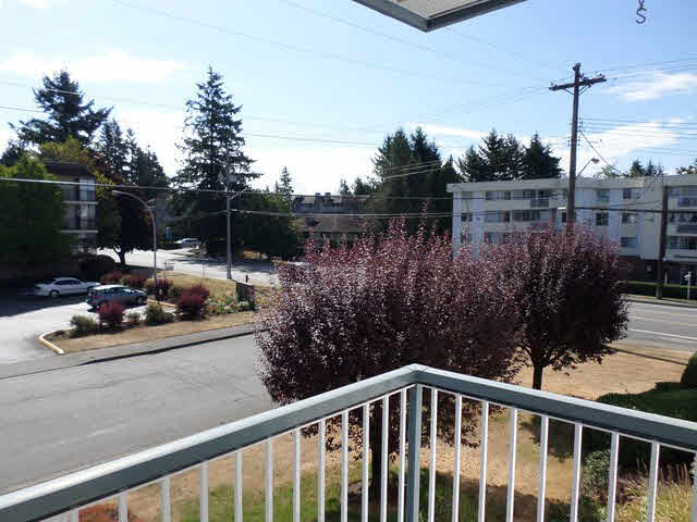 "Photo 8: 203 2425 CHURCH Street in Abbotsford: Abbotsford West Condo for sale in ""PARKVIEW PLACE"" : MLS® # F1448590"