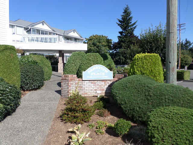 "Main Photo: 203 2425 CHURCH Street in Abbotsford: Abbotsford West Condo for sale in ""PARKVIEW PLACE"" : MLS® # F1448590"