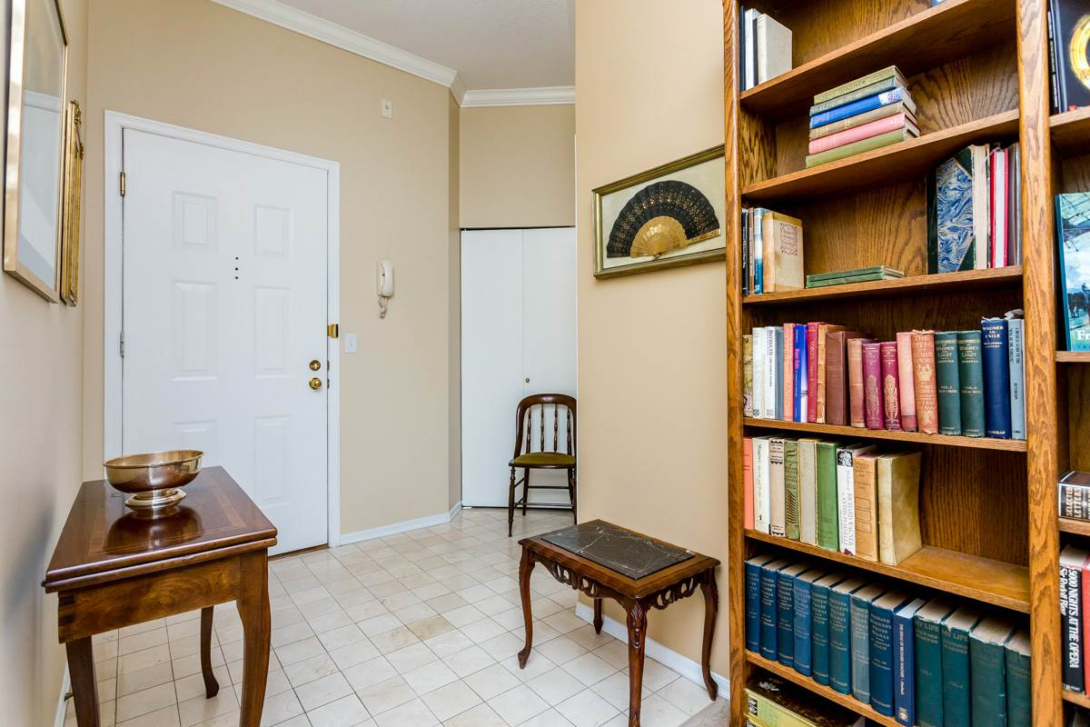 "Photo 4: 203 7660 MINORU Boulevard in Richmond: Brighouse South Condo for sale in ""BENTLEY WYND"" : MLS(r) # R2041543"