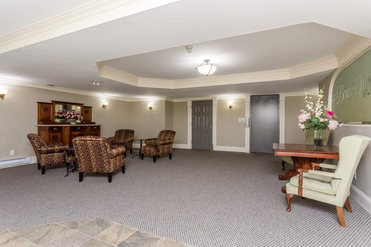 "Photo 3: 203 7660 MINORU Boulevard in Richmond: Brighouse South Condo for sale in ""BENTLEY WYND"" : MLS(r) # R2041543"