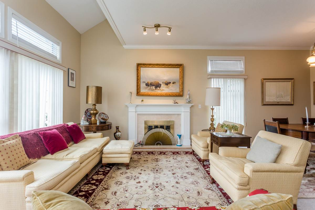 "Photo 5: 203 7660 MINORU Boulevard in Richmond: Brighouse South Condo for sale in ""BENTLEY WYND"" : MLS(r) # R2041543"