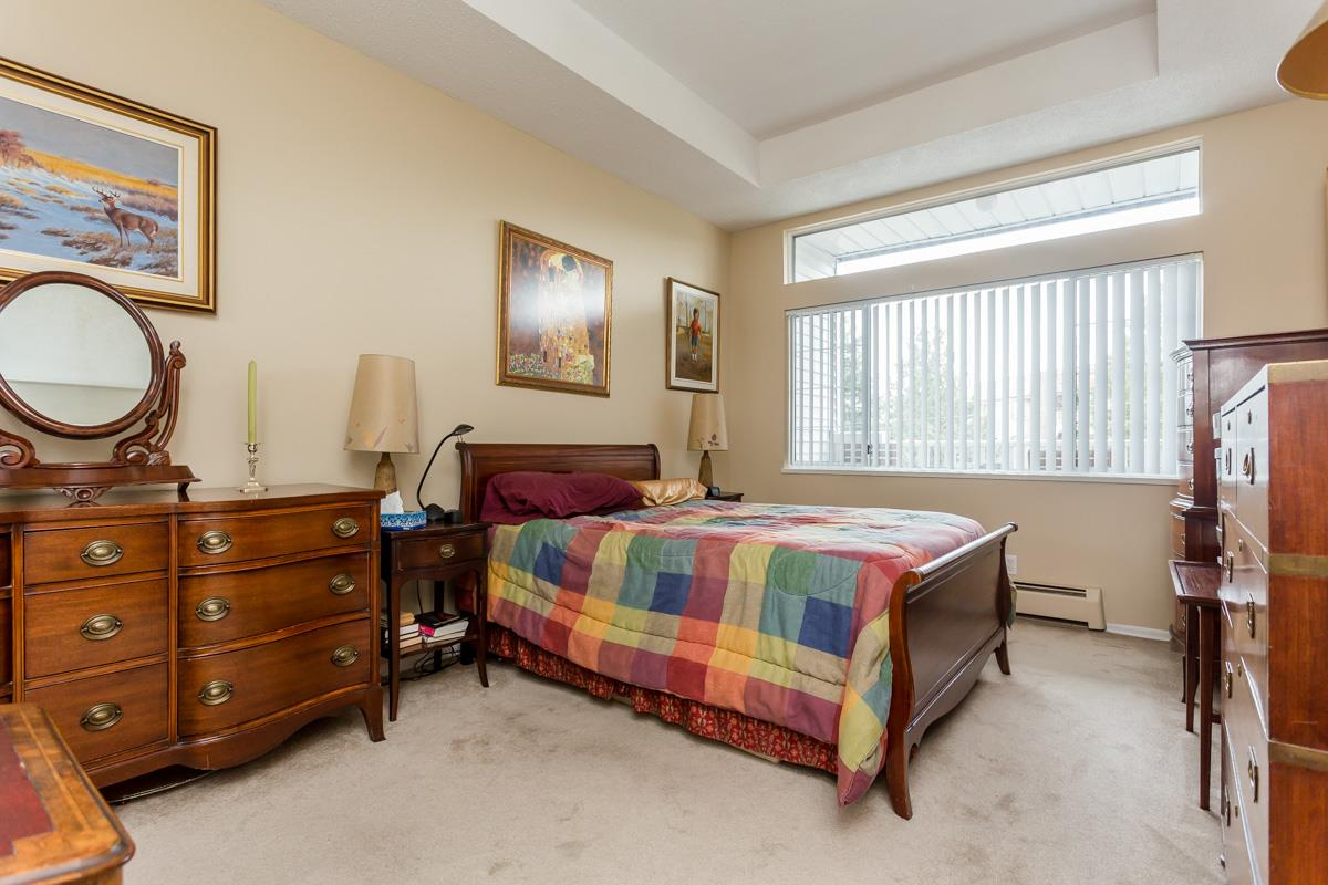 "Photo 13: 203 7660 MINORU Boulevard in Richmond: Brighouse South Condo for sale in ""BENTLEY WYND"" : MLS(r) # R2041543"