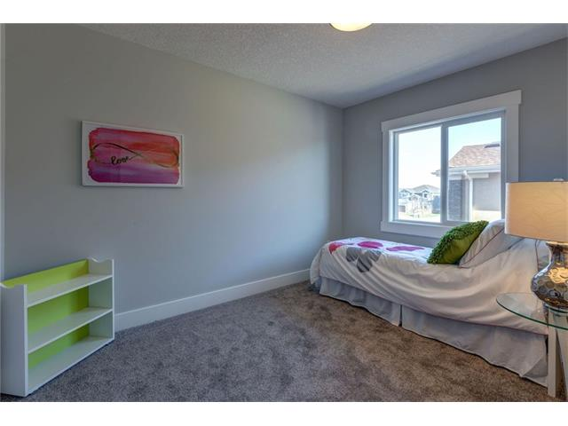Photo 42: 156 KINNIBURGH Circle: Chestermere House for sale : MLS(r) # C4054520