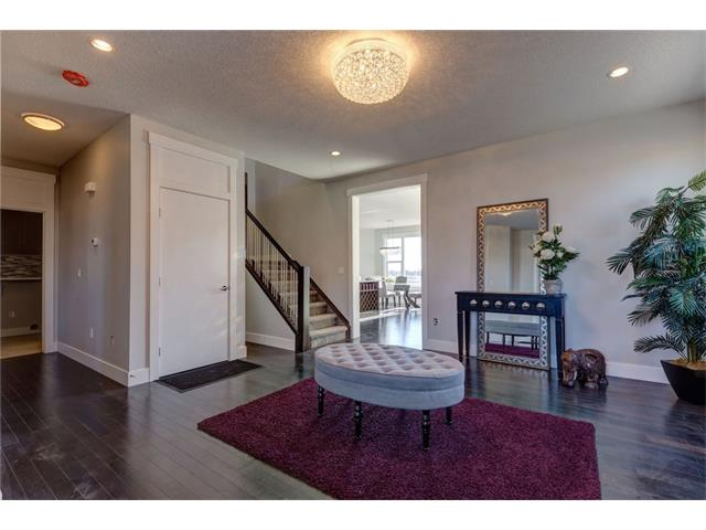 Photo 4: 156 KINNIBURGH Circle: Chestermere House for sale : MLS(r) # C4054520
