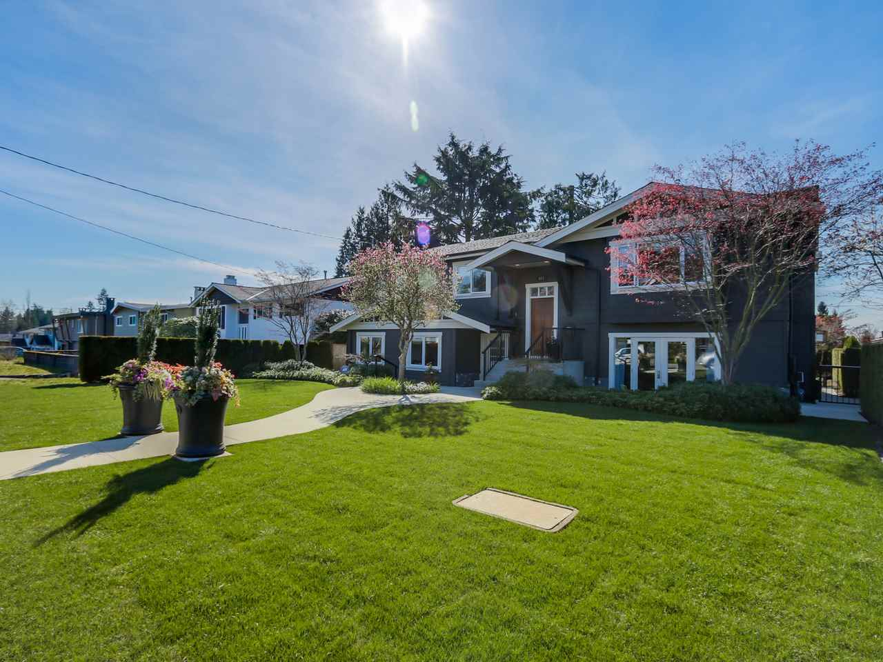 "Main Photo: 841 E 16TH Street in North Vancouver: Boulevard House for sale in ""Grand Boulevard"" : MLS®# R2053564"
