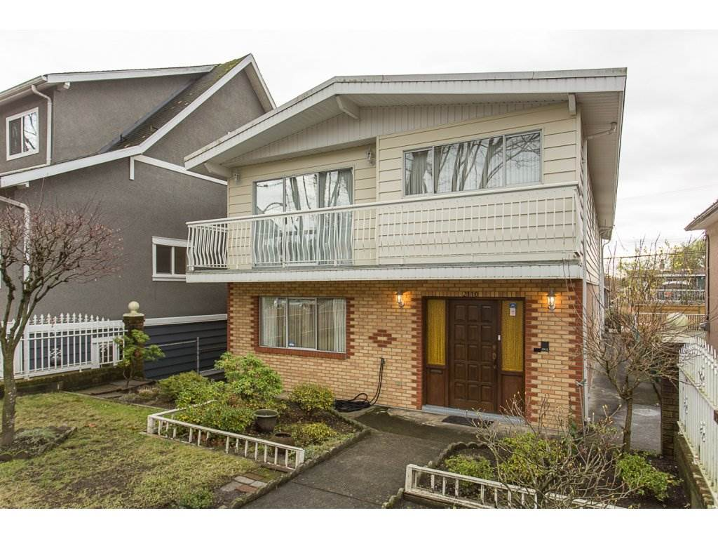 Main Photo: 2110 E 7TH Avenue in Vancouver: Grandview VE House for sale (Vancouver East)  : MLS®# R2122734
