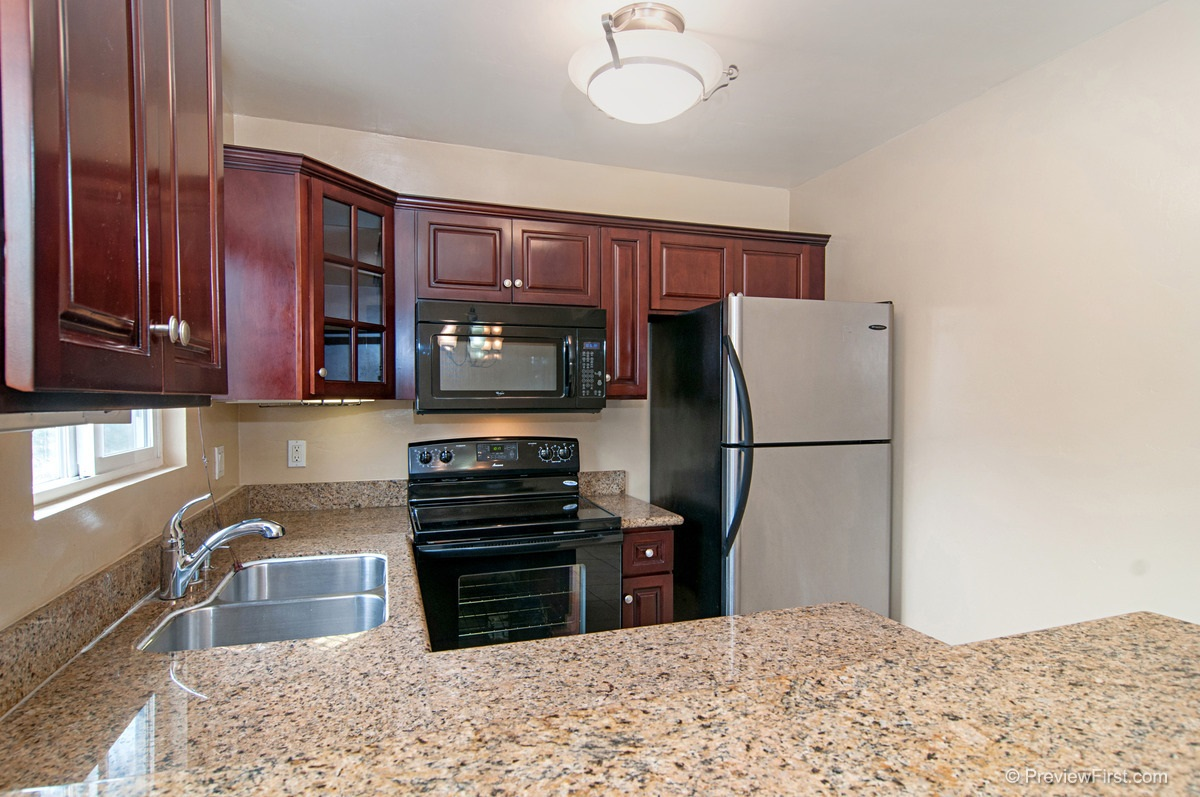 Photo 17: COLLEGE GROVE Condo for rent : 2 bedrooms : 4334 College Avenue in San Diego
