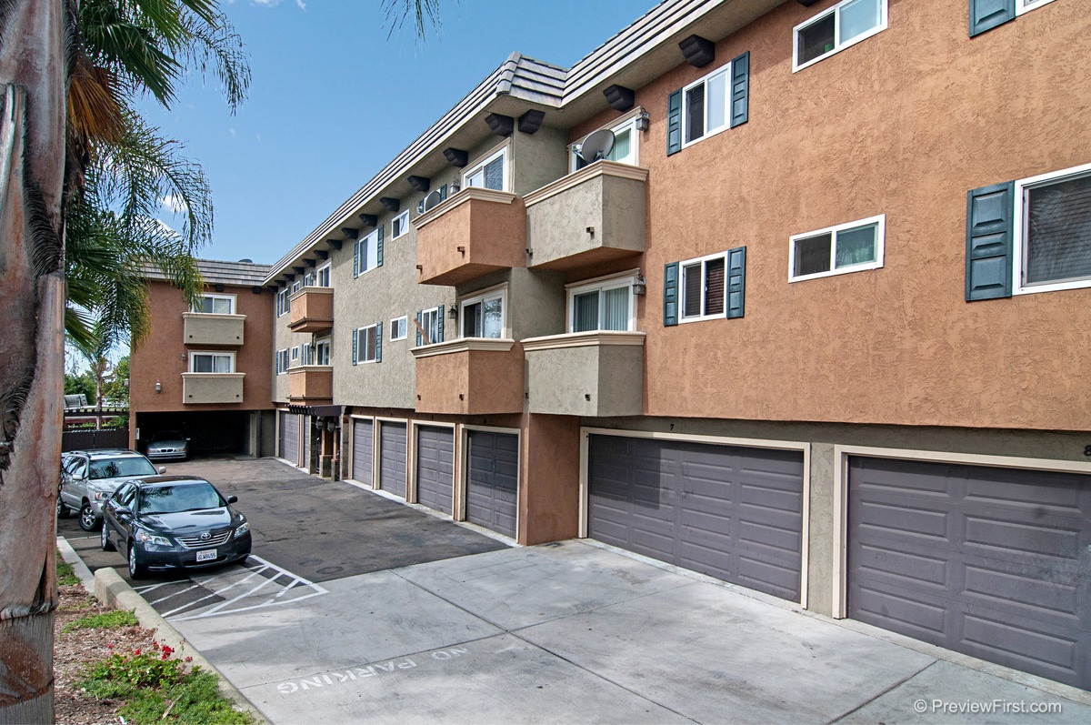 Photo 3: COLLEGE GROVE Condo for rent : 2 bedrooms : 4334 College Avenue in San Diego
