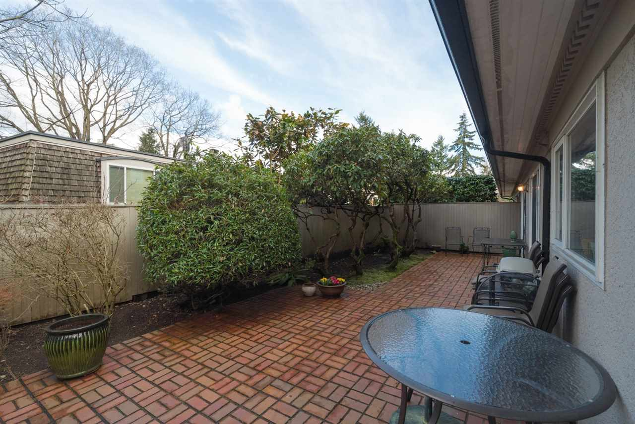 "Photo 4: 1443 MCRAE Avenue in Vancouver: Shaughnessy Townhouse for sale in ""MCRAE MEWS"" (Vancouver West)  : MLS(r) # R2140169"