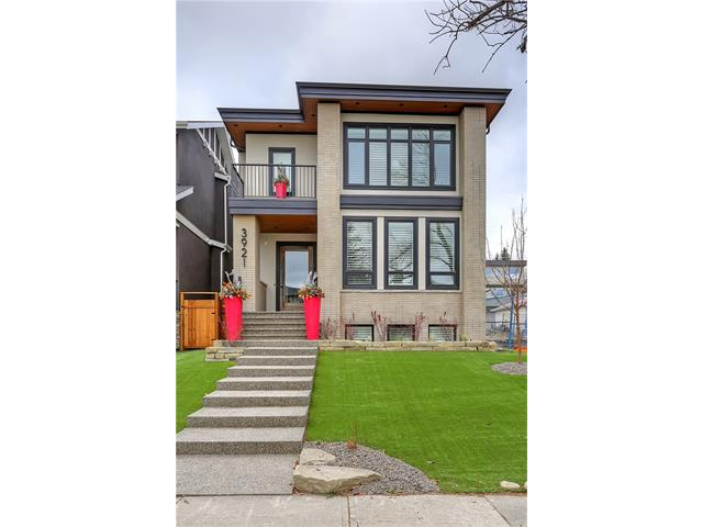 Main Photo: 3921 16A Street SW in Calgary: Altadore House for sale : MLS® # C4099833