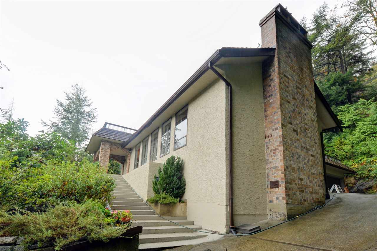 Photo 19: 5568 GREENLEAF Road in West Vancouver: Eagle Harbour House for sale : MLS(r) # R2143952