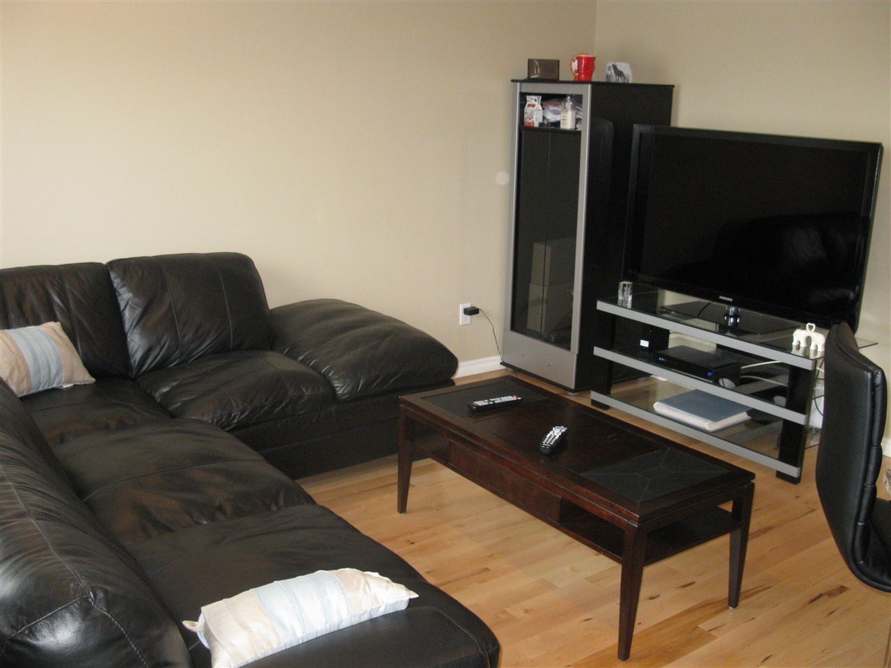 Photo 5: 1537 RUTHERFORD Road in Edmonton: Zone 55 House Half Duplex for sale : MLS(r) # E4055982