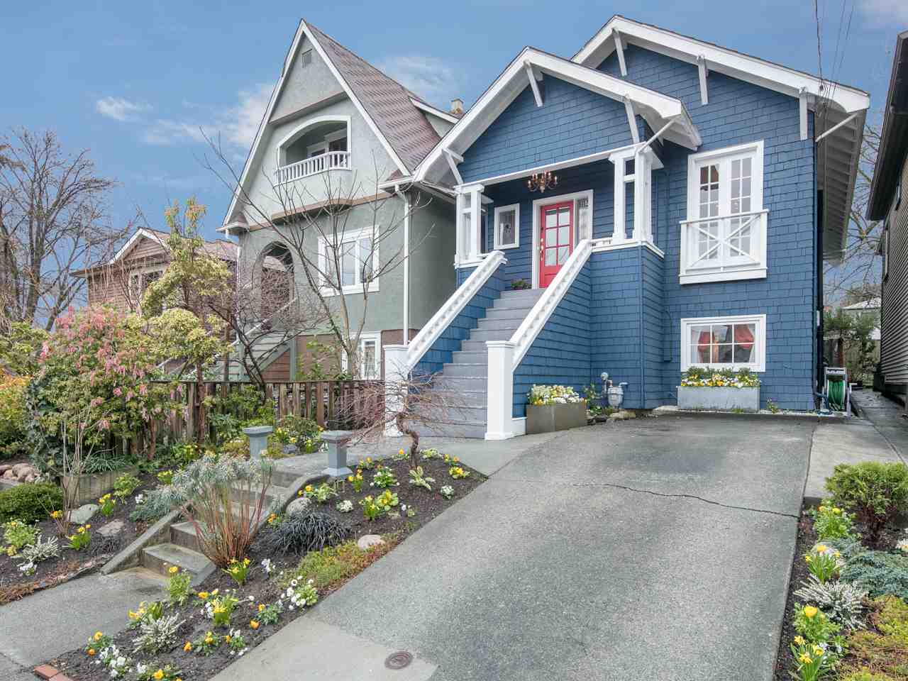 Photo 1: 1112 ROSE Street in Vancouver: Grandview VE House for sale (Vancouver East)  : MLS® # R2149737