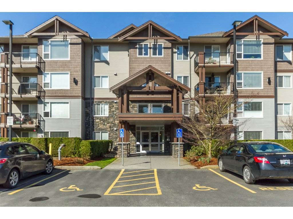"Main Photo: 106 2581 LANGDON Street in Abbotsford: Abbotsford West Condo for sale in ""Cobblestone"" : MLS®# R2154398"