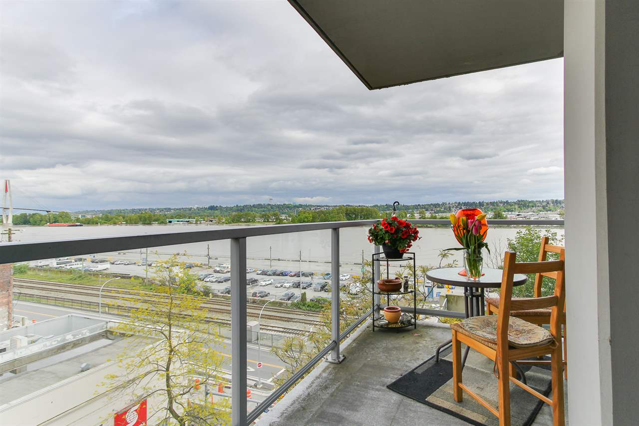 "Main Photo: 707 14 BEGBIE Street in New Westminster: Quay Condo for sale in ""INTERURBAN"" : MLS(r) # R2167850"