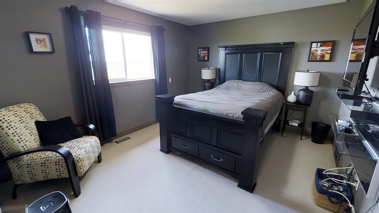 Photo 19: 54 NORRIS Crescent: St. Albert House for sale : MLS(r) # E4066008