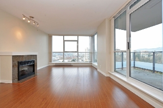 "Main Photo: 1906 5611 GORING Street in Burnaby: Central BN Condo for sale in ""LEGACY"" (Burnaby North)  : MLS®# R2178536"