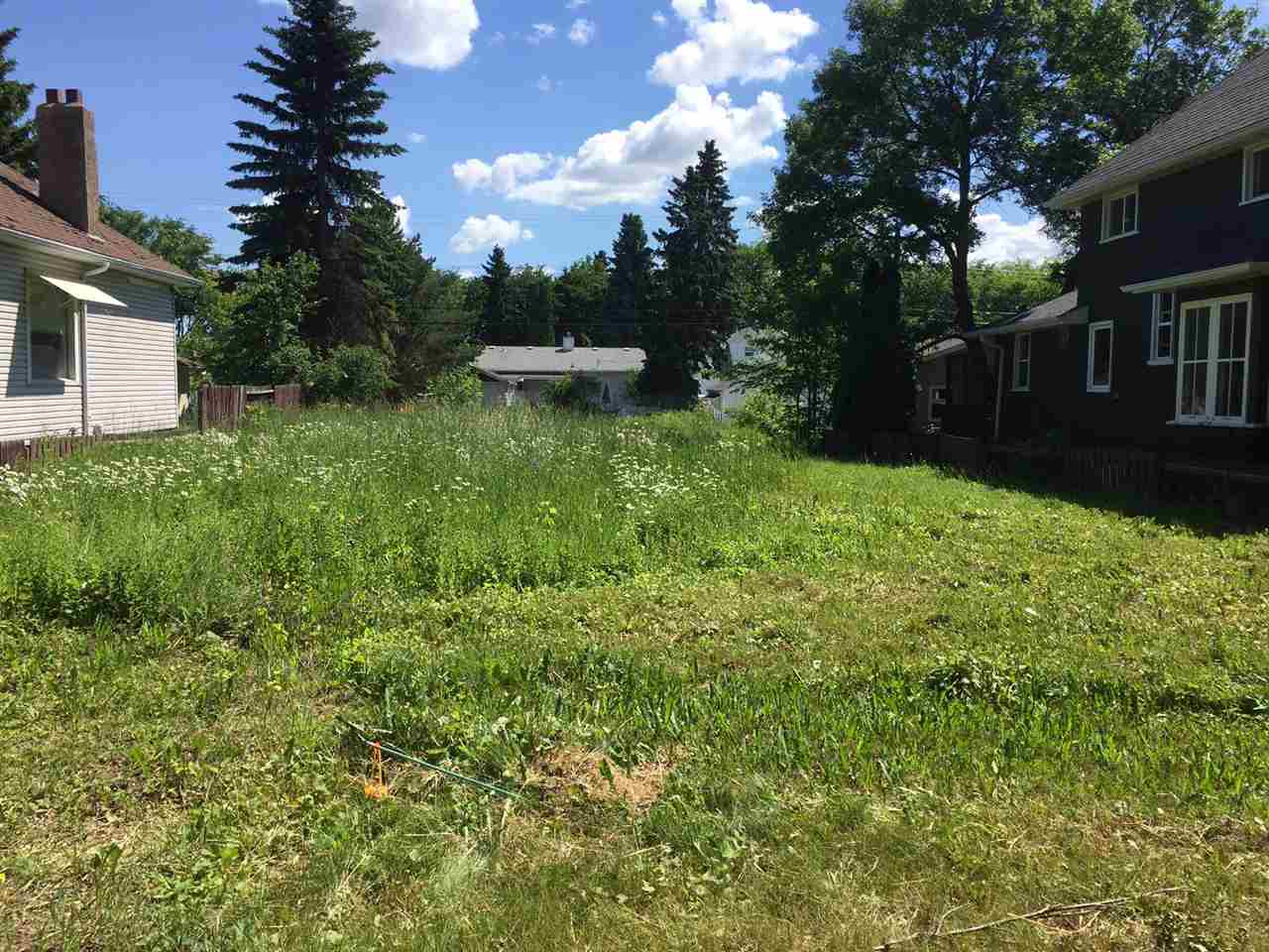 Main Photo: 11415 123 Street in Edmonton: Zone 07 Vacant Lot for sale : MLS(r) # E4070756