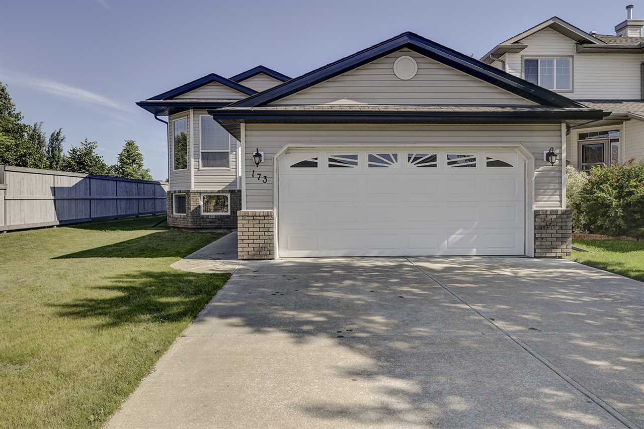 Main Photo: 173 FOXHAVEN Way: Sherwood Park House for sale : MLS® # E4071638
