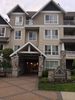 Main Photo: 213 19091 MCMYN ROAD in Pitt Meadows: Mid Meadows Condo for sale : MLS® # R2168463