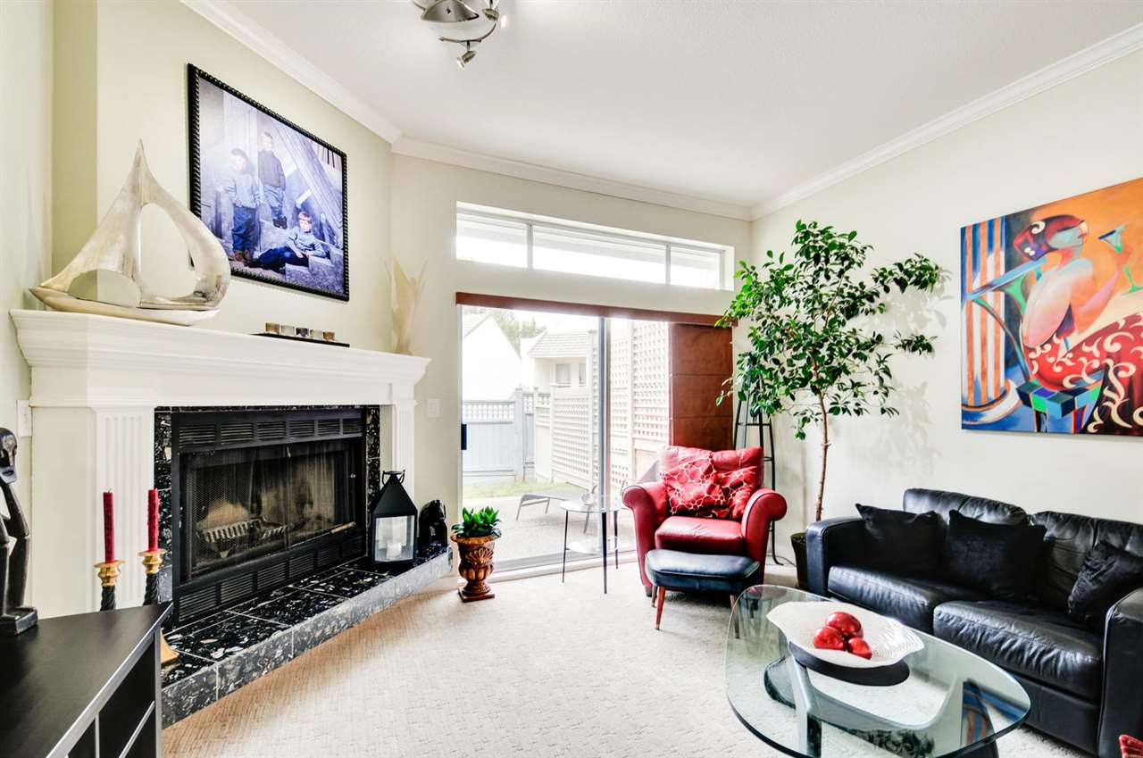 Photo 11: 8469 PORTSIDE COURT in Vancouver: Fraserview VE Townhouse for sale (Vancouver East)  : MLS® # R2190962