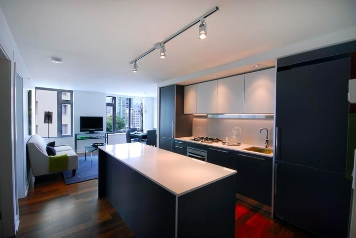 Main Photo: 601 1762 DAVIE Street in Vancouver: West End VW Condo for sale (Vancouver West)  : MLS® # R2195304