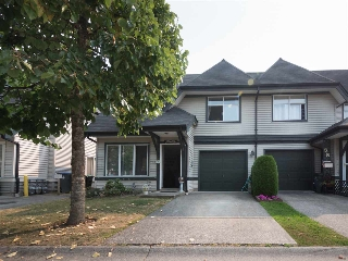 "Main Photo: 57 18883 65 Avenue in Surrey: Cloverdale BC Townhouse for sale in ""Applewood"" (Cloverdale)  : MLS® # R2195519"