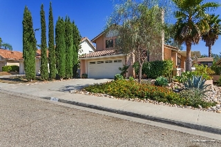 Main Photo: NORTH ESCONDIDO House for sale : 4 bedrooms : 817 Timberwood Pl in Escondido